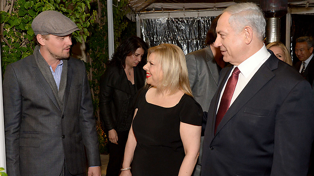 Prime Minister Benjamin Netanyahu and wife Sara meet Leonardo DiCaprio (Photo: Avi Ohayon, GPO)