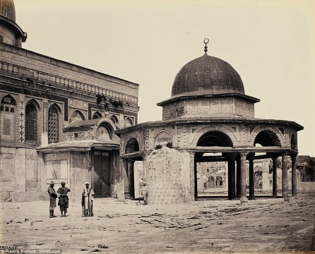 Photos of the Holy Land from the 19th century sell for $1.4 Million