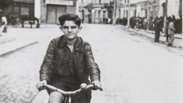 Holocaust survivor Shmuel Shteiner