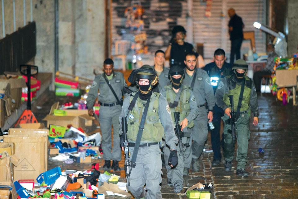 На месте теракта, в котором погиб Аарон Беннет. Фото: Охад Цвигенберг