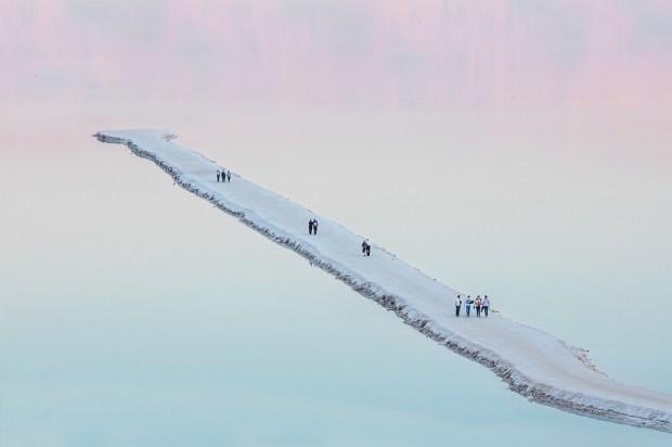Мертвое море глазами Авиада Бар-Неса