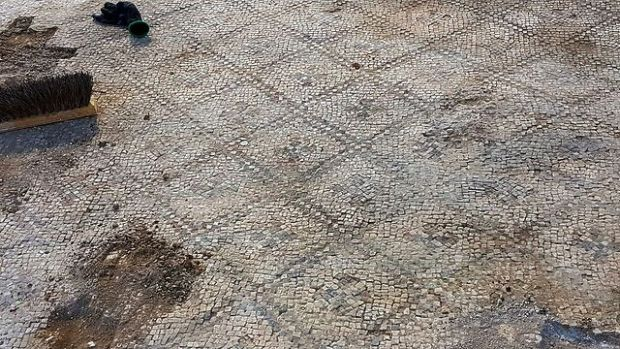 Мозаичный пол. Фото: Анат Расюк