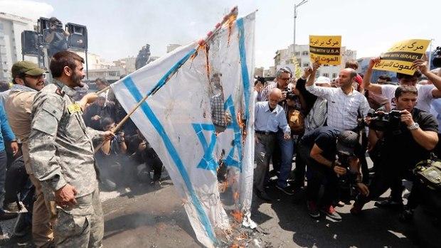 В Тегеране продолжают во всем винить Израиль. Фото: AFP