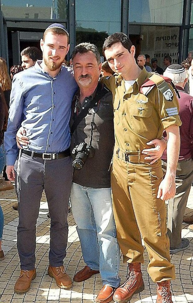 Братья с отцом Владимиром