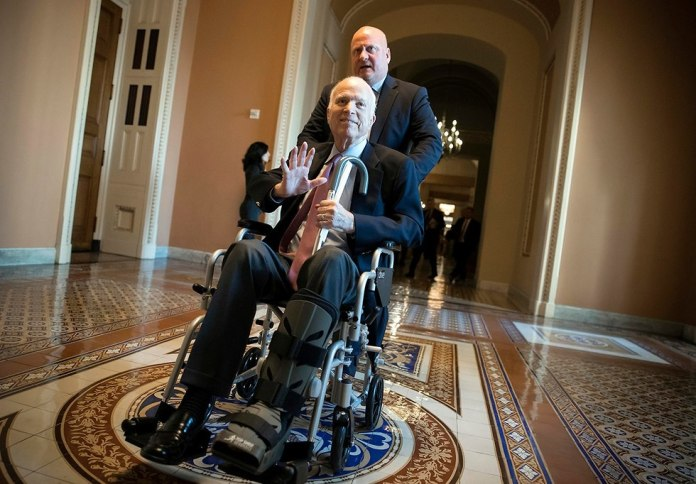 McCain in 2017 after announcing his illness (Photo: AP)