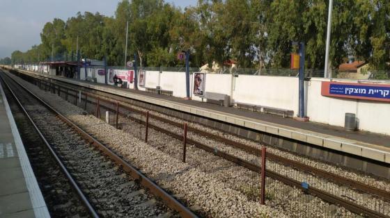 Empty docks in Kiryat Motzkin
