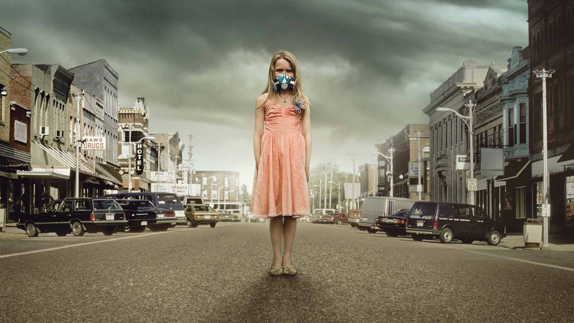 Simple Girl Wallpaper Image 13 The Crazies Hd Wallpapers Background Images