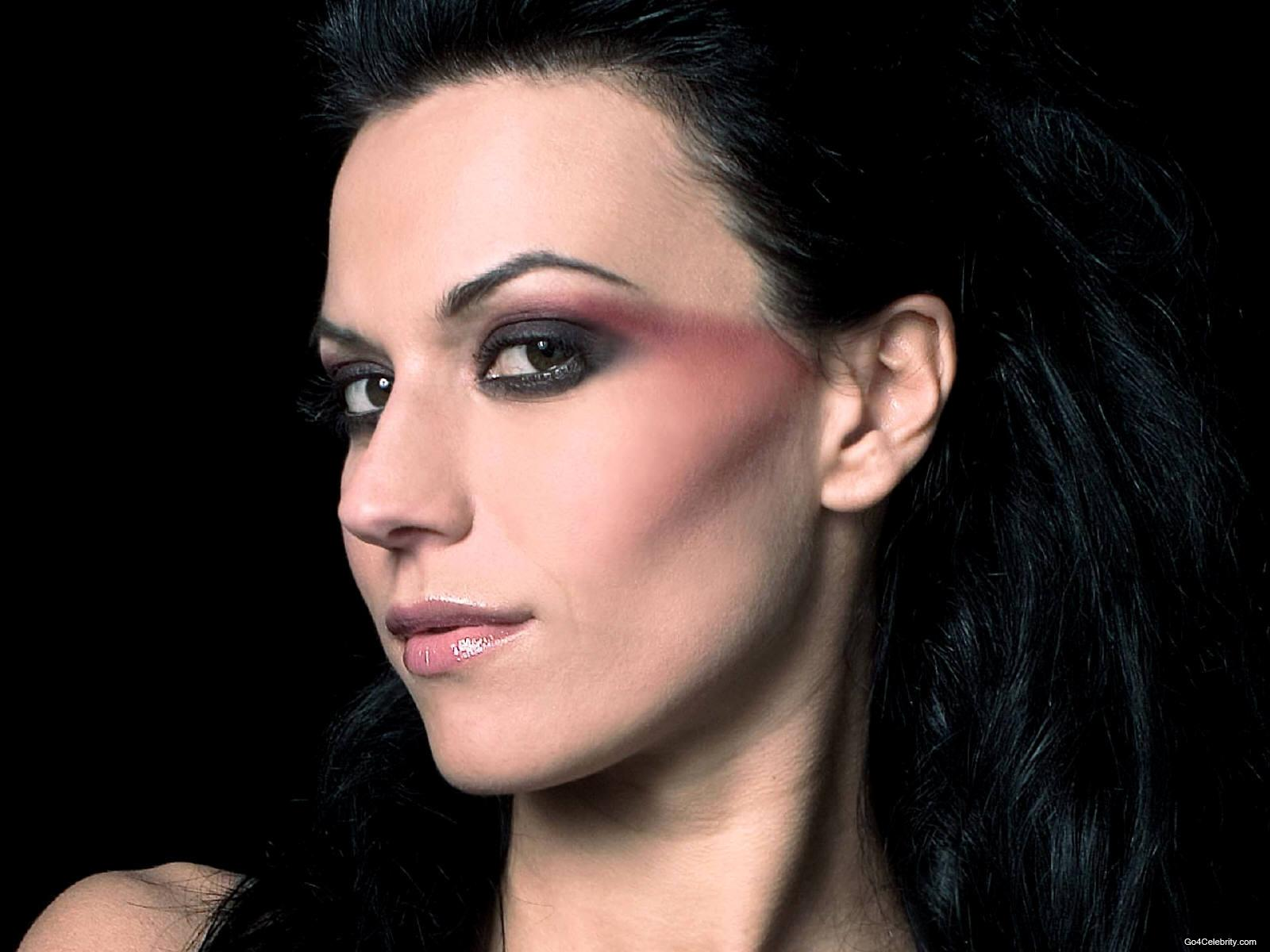 Cool Girl With Guitar Wallpaper 3 Cristina Scabbia Hd Wallpapers Background Images