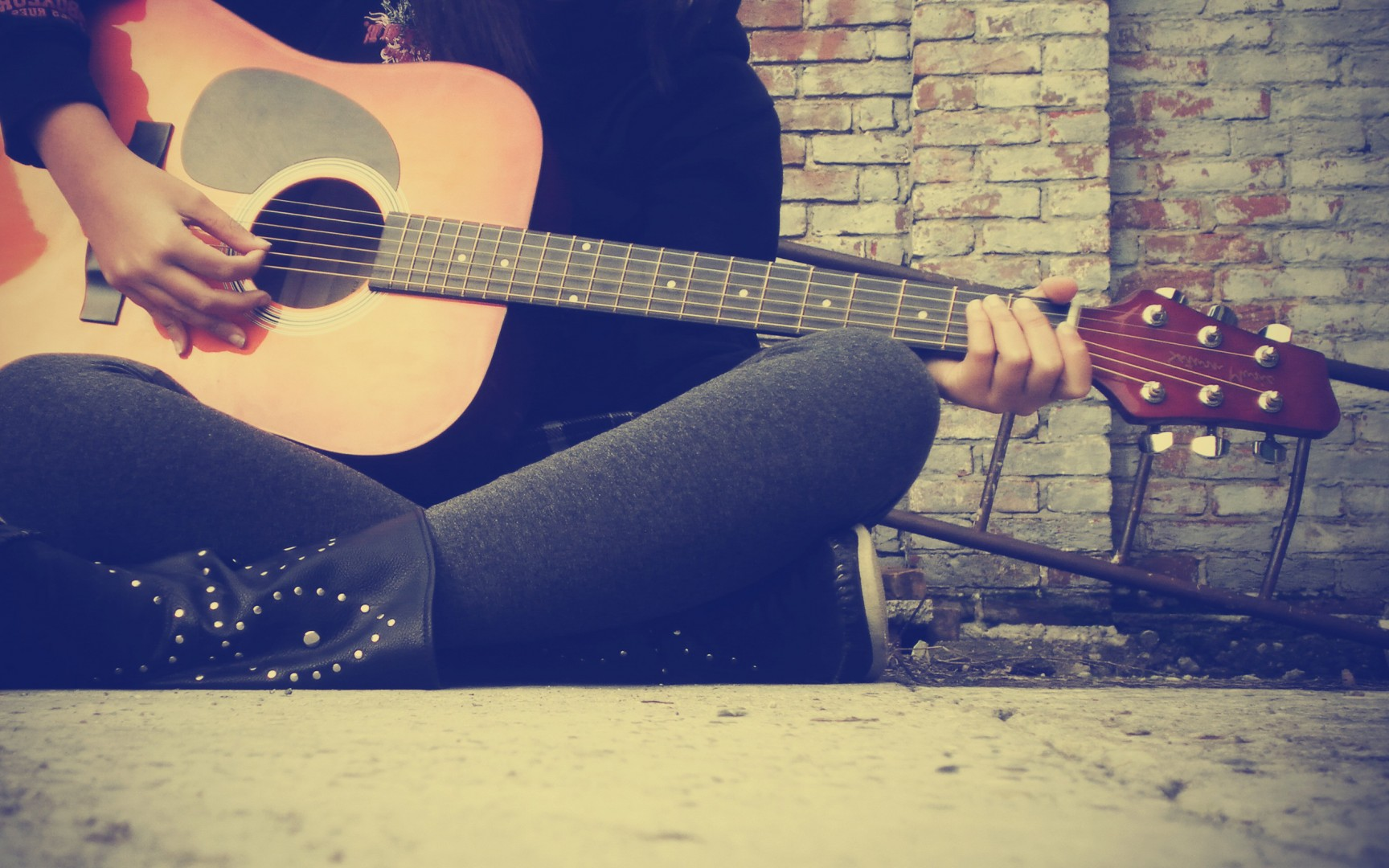 Guitar Girl Wallpaper Iphone Guitar Wallpaper And Background Image 1728x1080 Id 266562