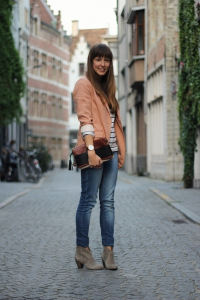 Heather Gray Suede ASH Boots Peach Oversized HampM Blazers