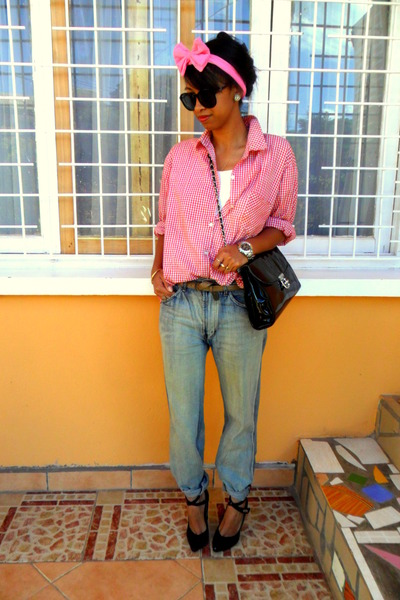 Boyfriend-jeans-red-plaid-shirt-bubble-gum-diy-bow-headband-accessories_400