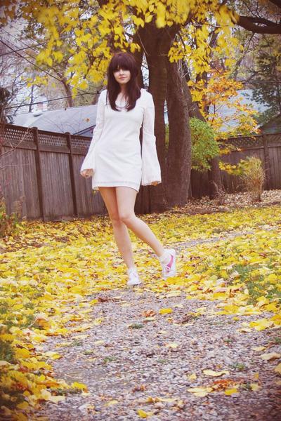 C Est Le Temps De L Amour : temps, amour, Thrifted, Shoes,, Penny, Dresses,