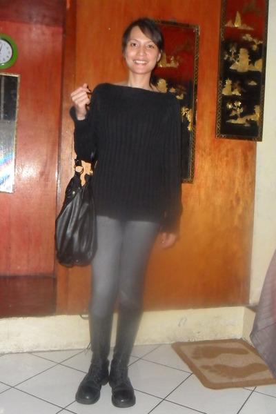 jetteau-banana-republic-black-sabrina-knit-sweater-