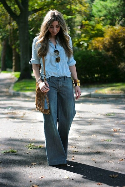 Nine-west-boots-chambray-jcrew-shirt-aviator-ralph-lauren-sunglasses_400
