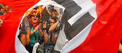 Grecia, Atene blindata per l'arrivo della cancelliera Merkel<br />
