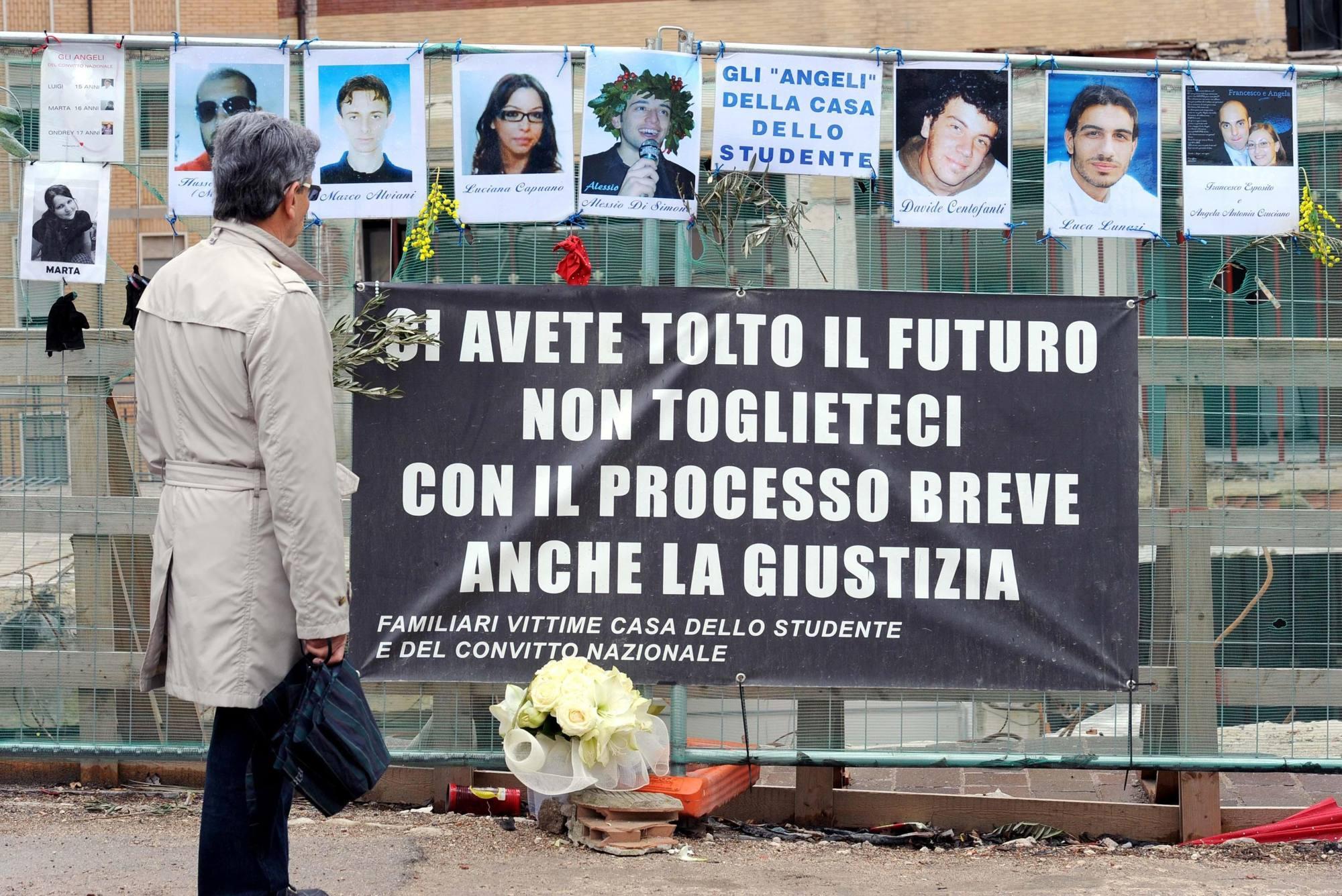 Crollo della Casa dello studente Condannati quattro tecnici  Corriereit