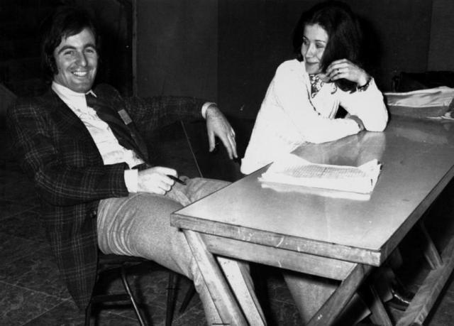 Virgilio Mattei con la fidanzata, in una foto del 1973 (Ansa)