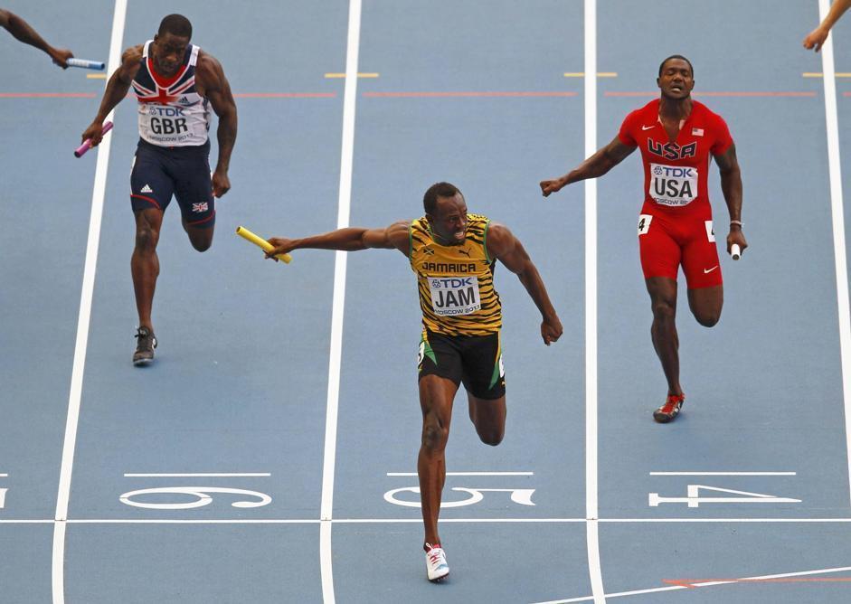 Bolt vince anche la staffetta