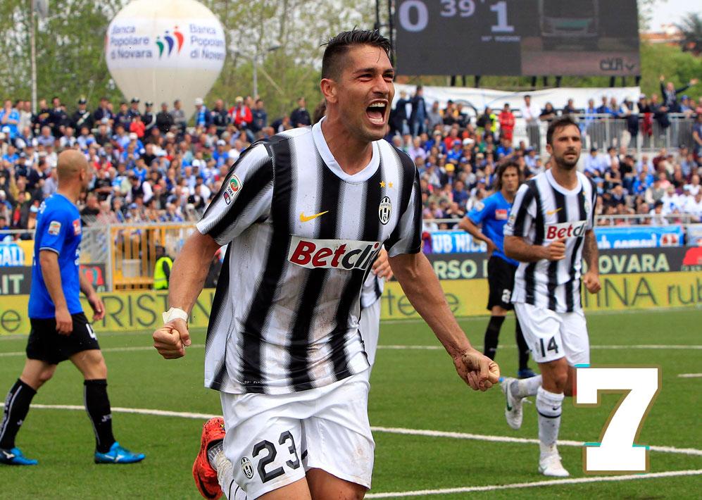 MARCO BORRIELLO  ? Ha finito anche lui per essere decisivo con i suoi gol a Cesena e Lecce. Mezzo voto in più lo merita per come si è messo sempre al servizio della squadra, senza chiedere niente. Ha quasi vinto, alla distanza, la sua corsa con Matri