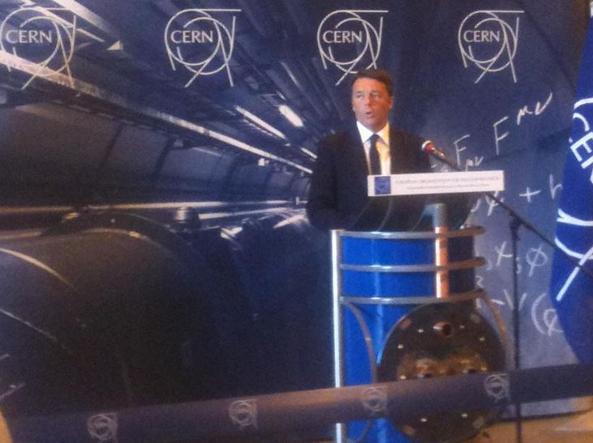 La conferenza stampa di Matteo Renzi dopo la sua visita al Cern  (da @UffComINFN)
