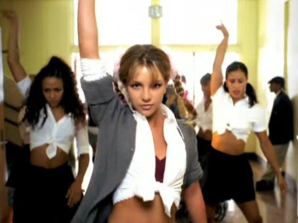 Britney L Icona Pop 17 Anni Fra Alti Molti Bassi - Corriere