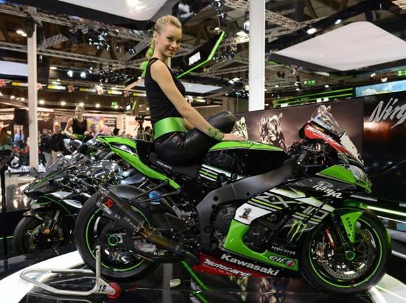 Basta donne in mostra sulle moto  Corriereit