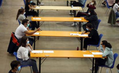 Medicine Test 2020, in halls and fairs, for distancing