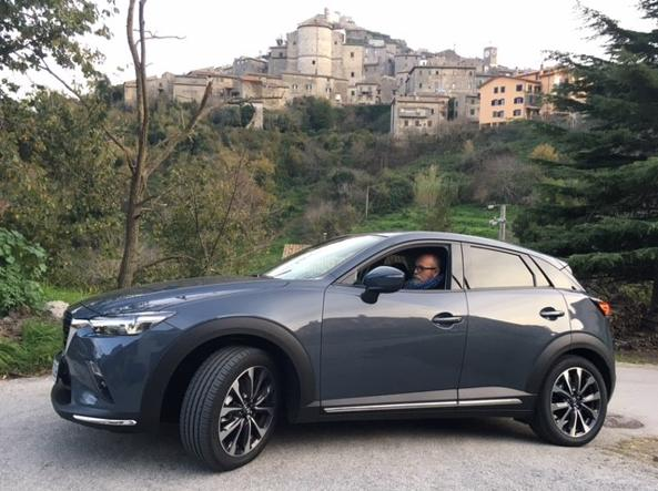 With the Mazda CX-30 in the Tolfa mountains: more