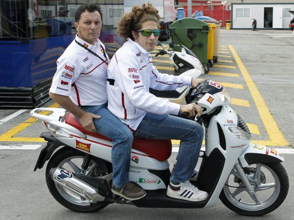 Con Marco Simoncelli (Ansa)