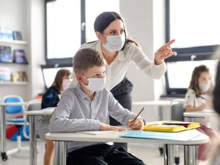 Rientro a scuola, le regole per tornare in classe a settembre - Corriere.it