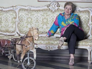 Mara Maionchi, 80 anni: festa rimandata all'estate. E si gode il successo di Lol