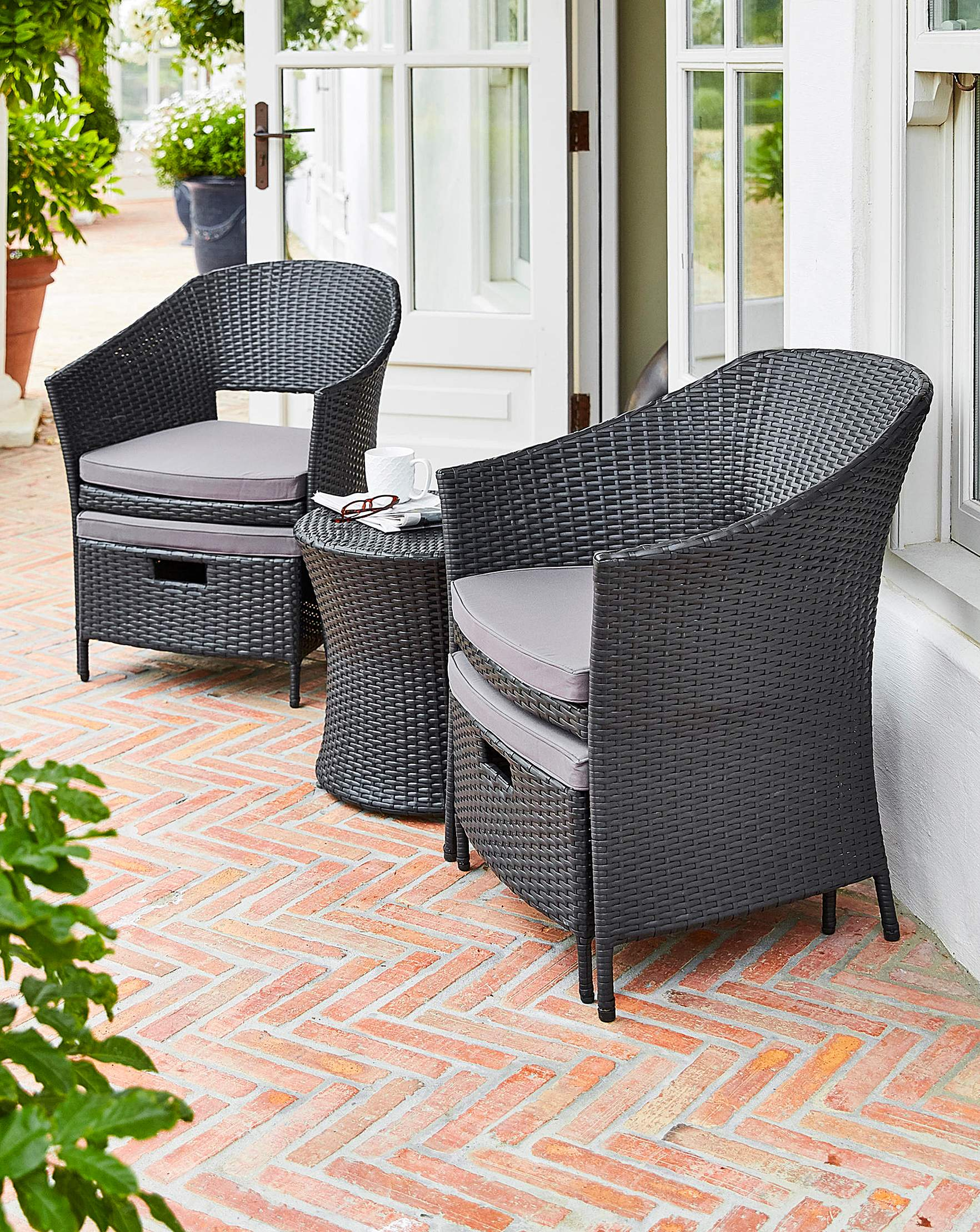 Rattan Egg Chair Set Hereford 5 Piece Rattan Egg Bistro Set
