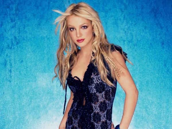 Britney Pretty Dress Wallpaper - Spears 10341742 Fanpop