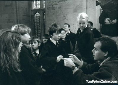 Resultado de imagen de tom felton harry potter set philosophers