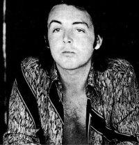 Paul-McCartney-paul-mccartney-14357420-446-466.jpg