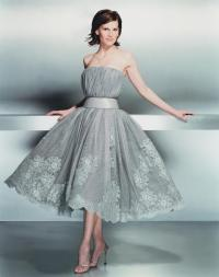 Hilary Swank images Hilary Swank in a Gray Party Dress ...
