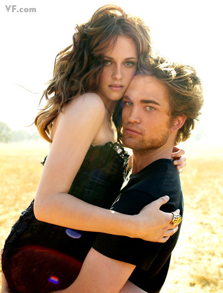 https://i0.wp.com/images2.fanpop.com/images/photos/2800000/VF-Outtakes-robert-pattinson-and-kristen-stewart-2806760-460-605.jpg