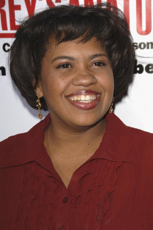 Dr. Miranda Bailey Chandra Wilson Hd Wallpaper And Background 3305894