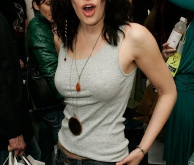 Paget Brewster Images Paget Brewster Wallpaper And Background Photos