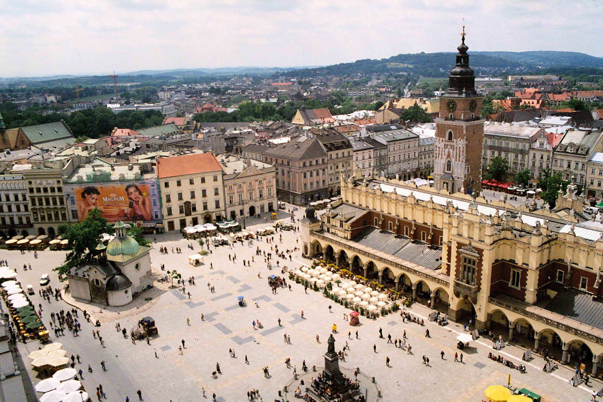 Main Market Square - Krakow Photo (6662394) - Fanpop