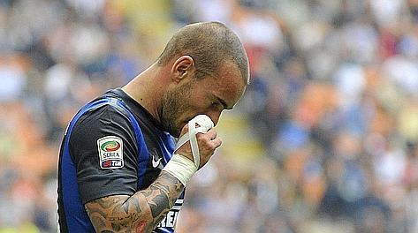 Sneijder a testa bassa