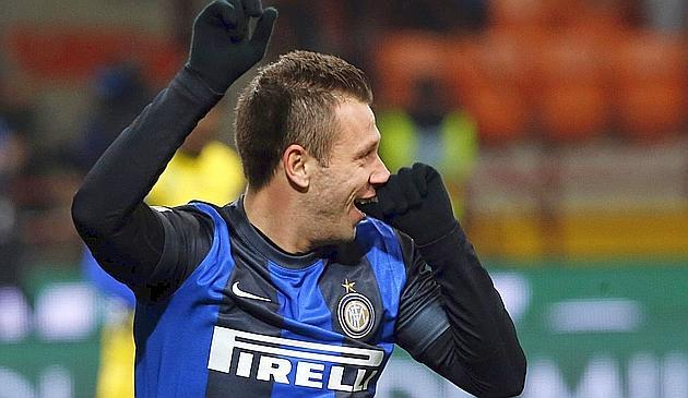Cassano porta in vantaggio l'Inter