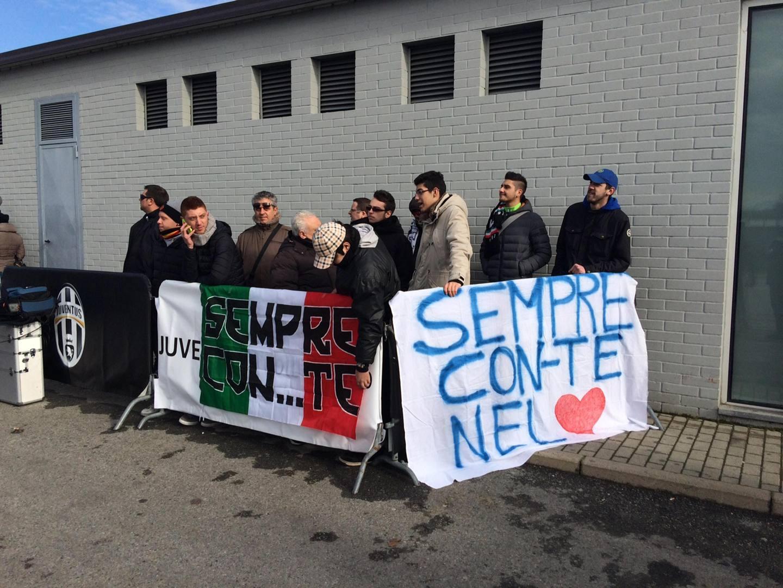 Conte visita a casa Juve quanto affetto  La Gazzetta