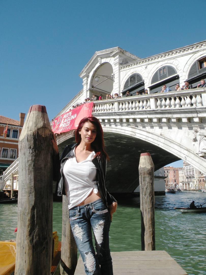 Vittoria Risi e Tera Patrick dive porno a Venezia  La