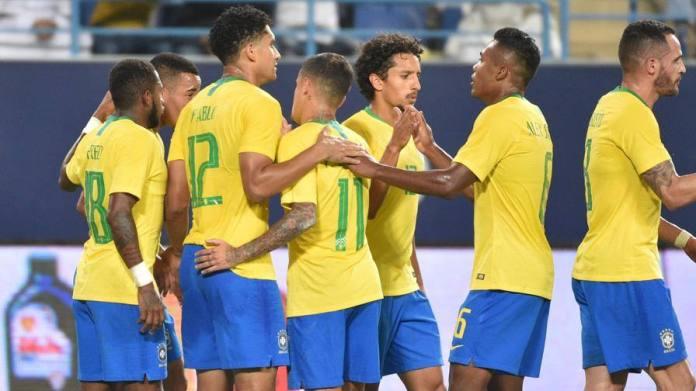 Brasile a fatica in Arabia Nel 2-0 segna Alex Sandro