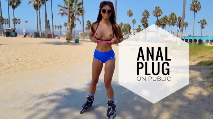 Ayumi Anime – Anal Plug And Cum On Public Venice Beach