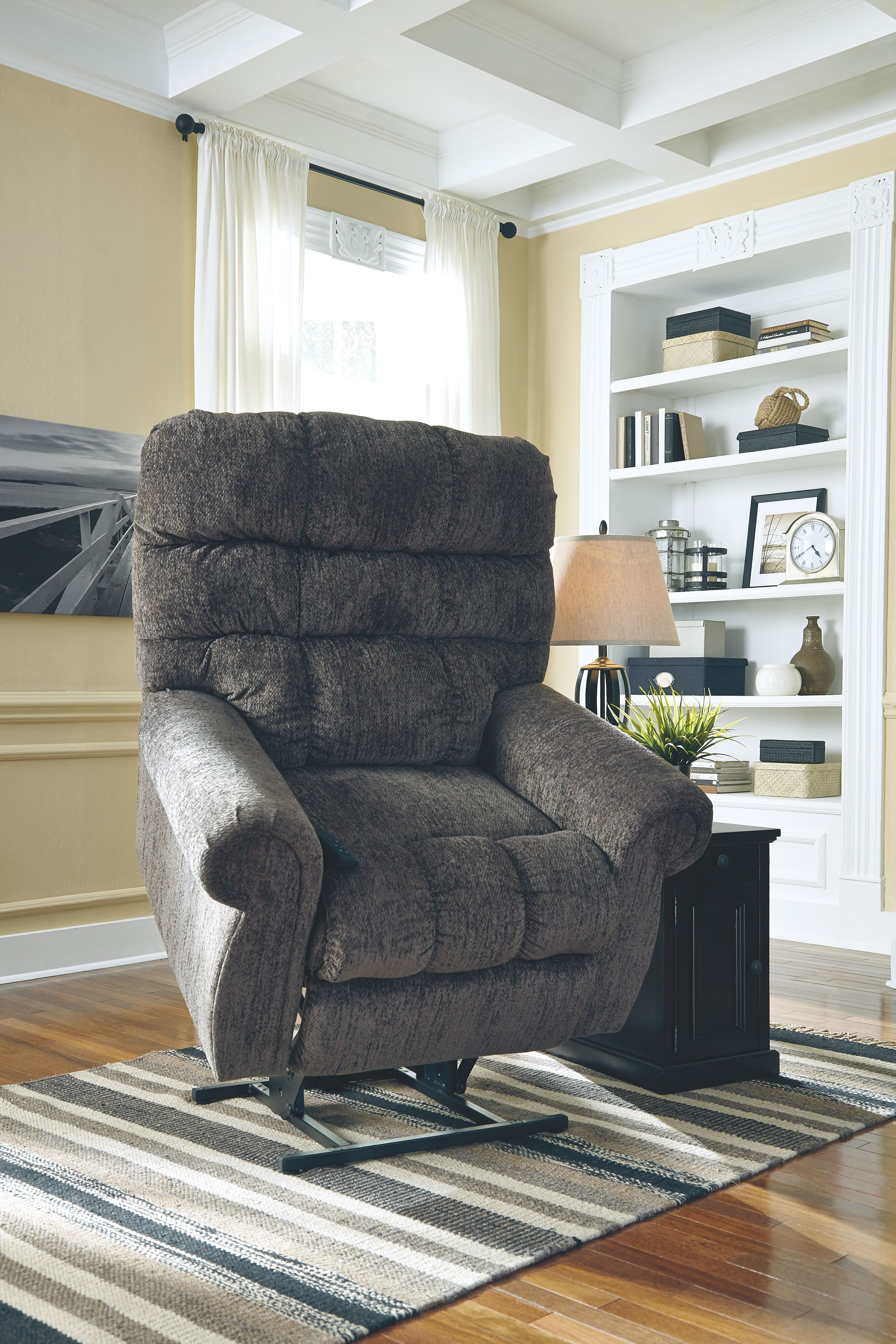 ashley furniture lift chair black patio chairs signature design by living room power recliner