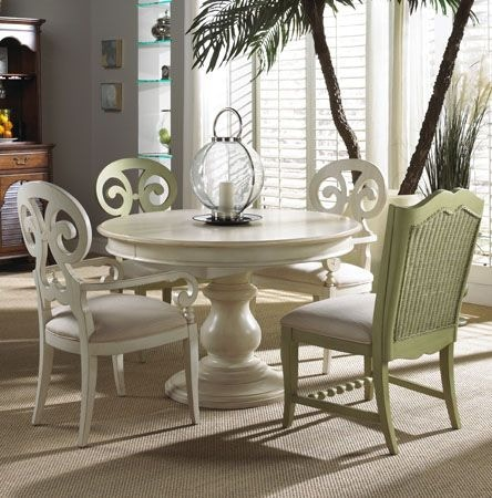 Fine Furniture Design Dining Room Round Dining Table 1051