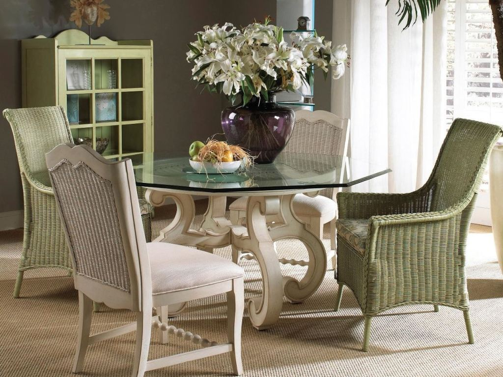 Fine Furniture Design Dining Room Glass Top Table 1051 816