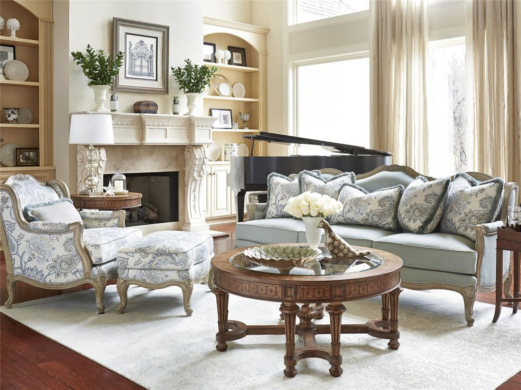 Fine Furniture Design Living Room Cabriole Sofa 4515 01